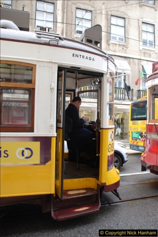 2016-12-01 Lisbon, Portugal.  (31)031