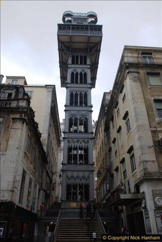 2016-12-01 Lisbon, Portugal.  (56)056