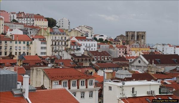 2016-12-01 Lisbon, Portugal.  (75)075