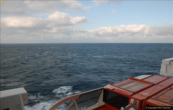 2016-12-03 At sea.  (4)045368