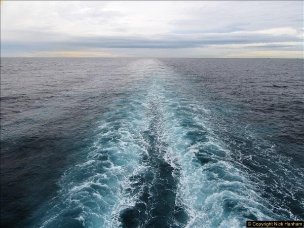 2016-12-02 At sea. (2)02