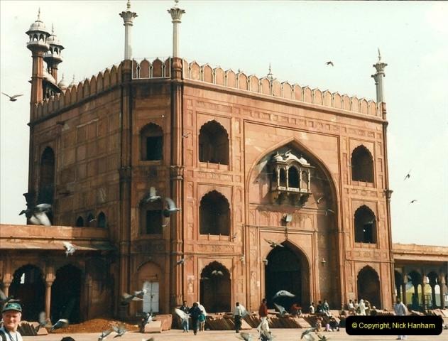 India February 2000 (26)026