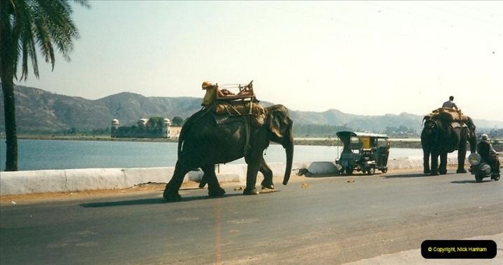 India February 2000 (39)039