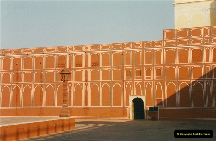 India February 2000 (48)048