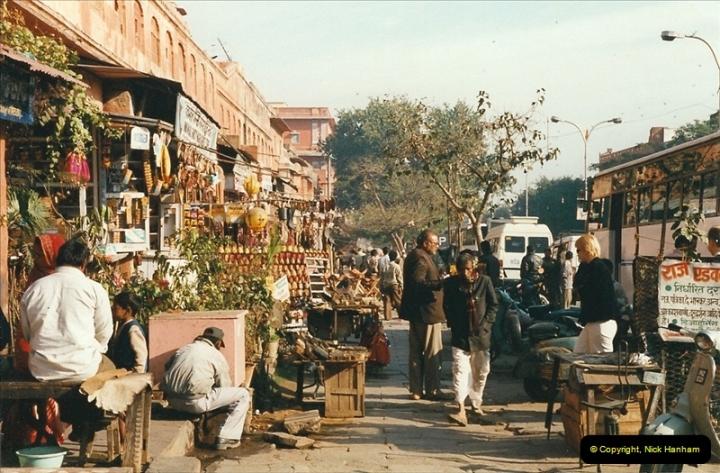 India February 2000 (61)061