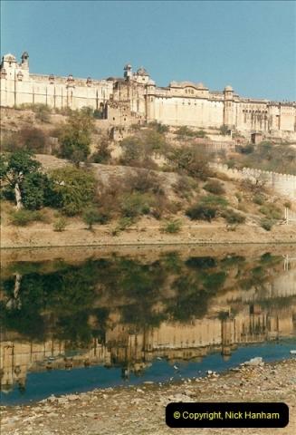India February 2000 (64)064