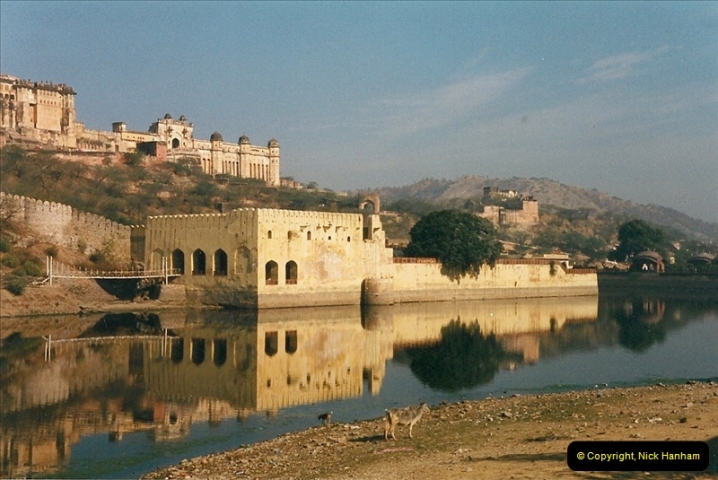 India February 2000 (65)065