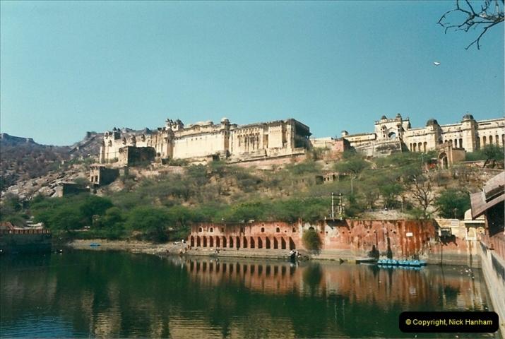 India February 2000 (66)066