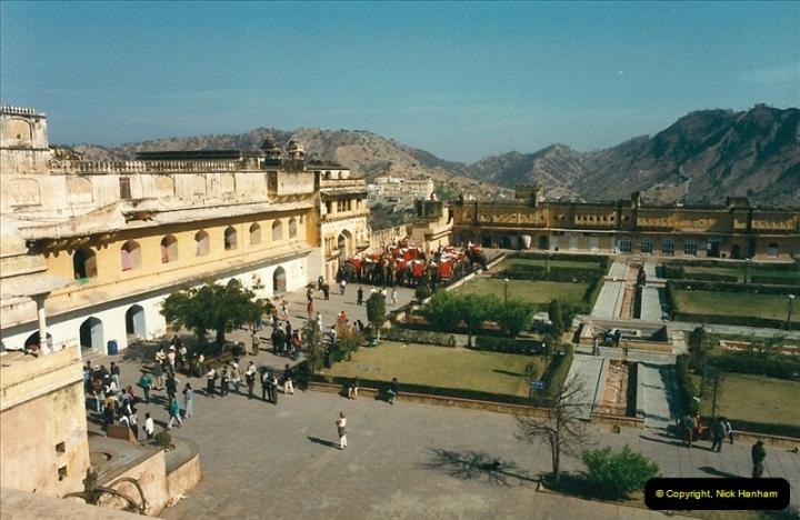 India February 2000 (73)073