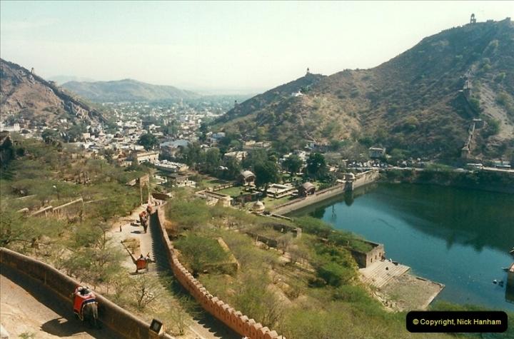 India February 2000 (81)081
