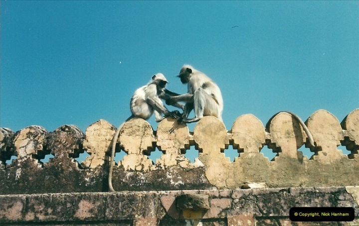 India February 2000 (94)094
