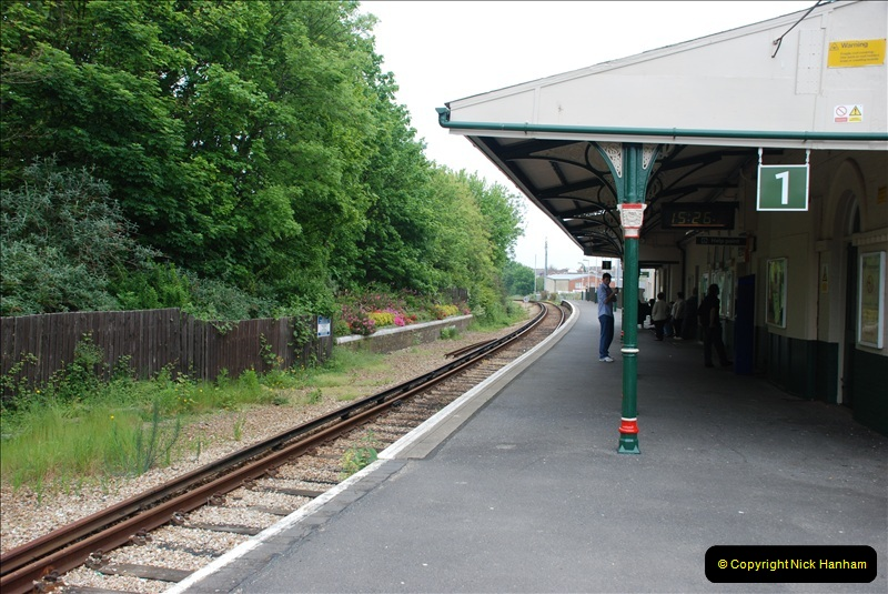 2008-05-16 Island Line, IOW.  (37)37