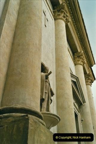 2002 Italy, April - May. (31)