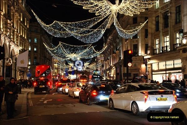 2018-12-09 London & Lights.    (130)130