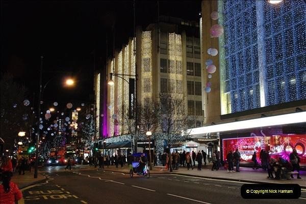 2018-12-09 London & Lights.    (149)149