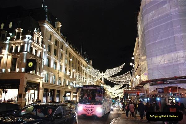 2018-12-09 London & Lights.    (70)070