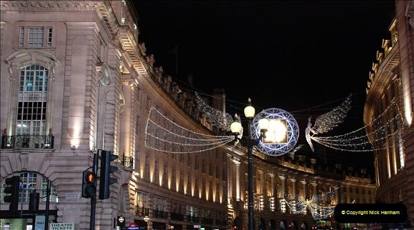 2018-12-09 London & Lights.    (74)074