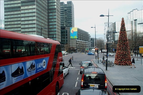 2018-12-10 Out and about in London.   (20)190