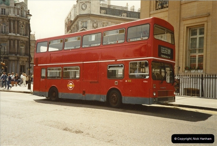 London Buses 1963 to 2007.  (106) 106