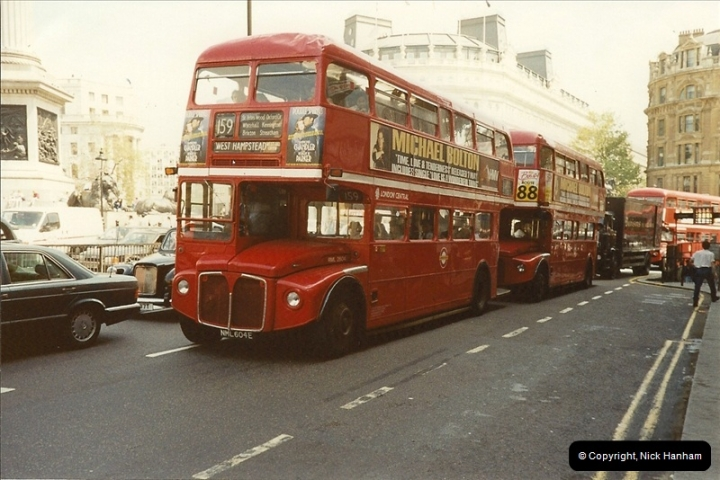 London Buses 1963 to 2007.  (107) 107