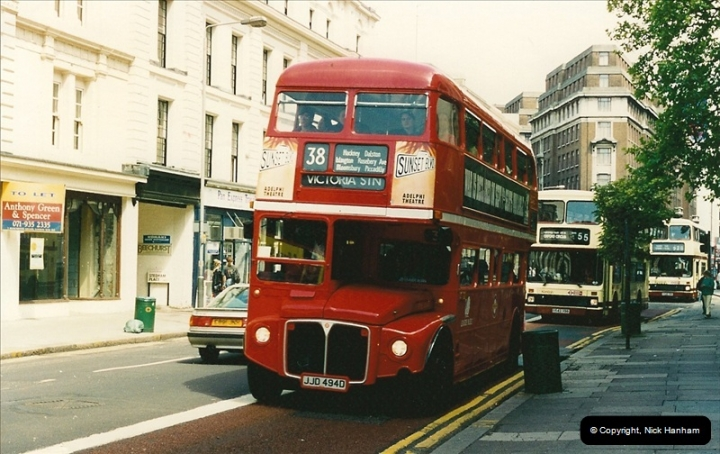 London Buses 1963 to 2007.  (118) 118