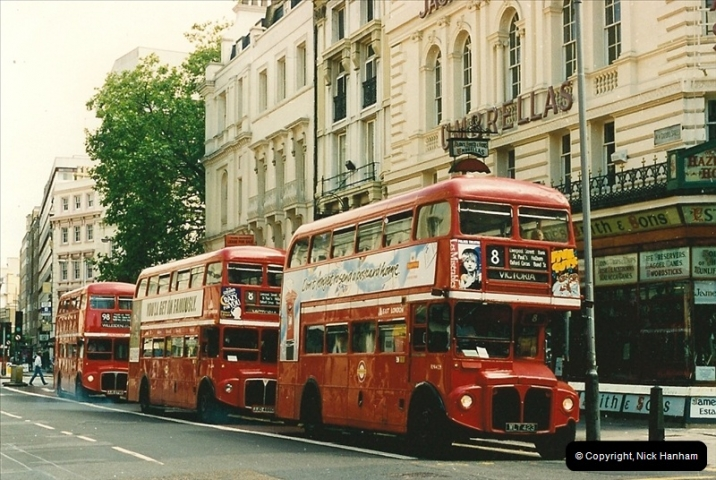London Buses 1963 to 2007.  (119) 119