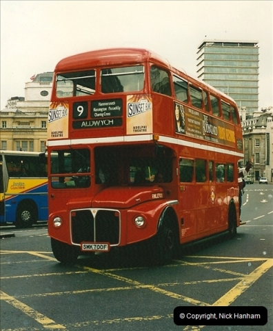London Buses 1963 to 2007.  (125) 125