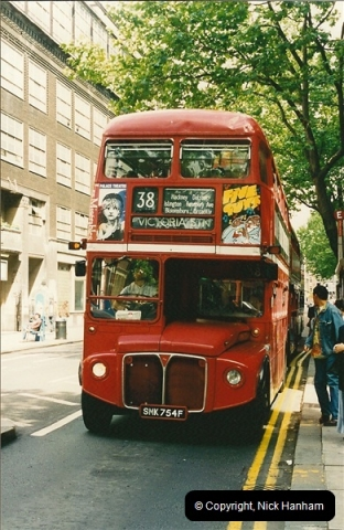 London Buses 1963 to 2007.  (126) 126