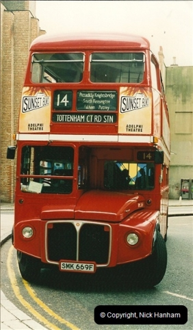 London Buses 1963 to 2007.  (128) 128