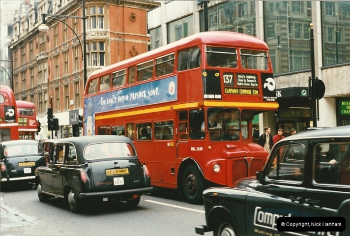 London Buses 1963 to 2007.  (139) 139
