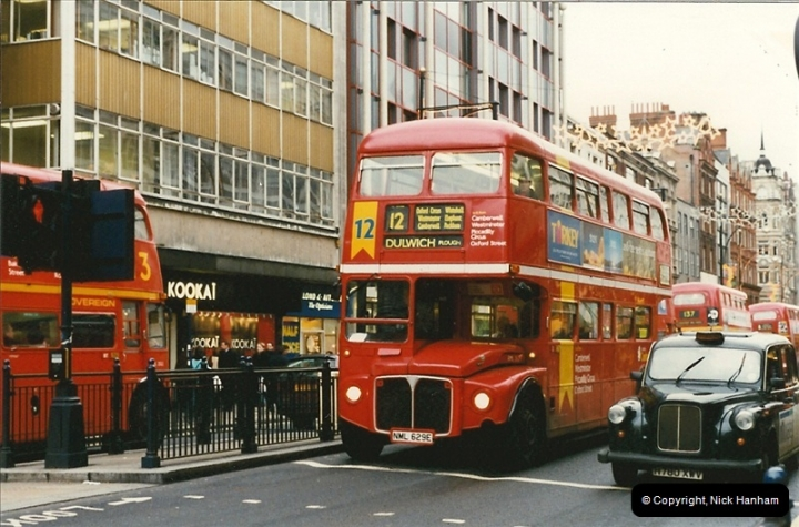 London Buses 1963 to 2007.  (147) 147