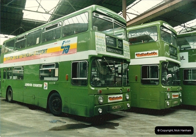 London Buses 1963 to 2007.  (15) 015