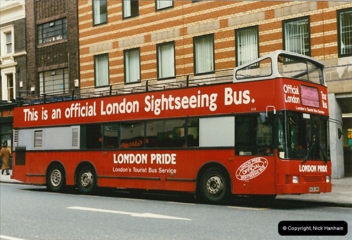 London Buses 1963 to 2007.  (151) 151