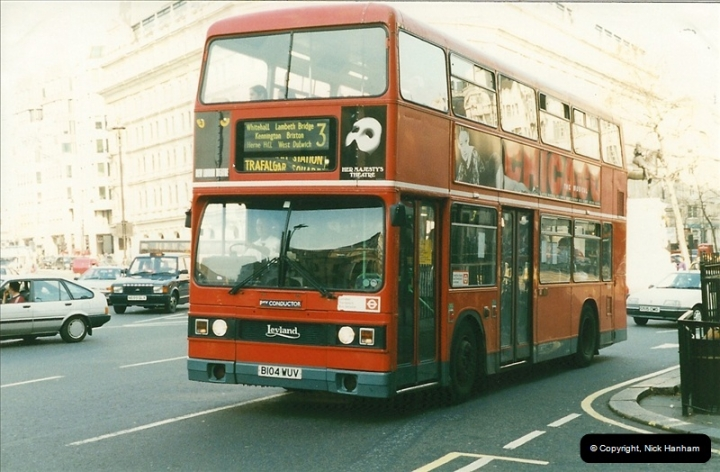 London Buses 1963 to 2007.  (158) 158