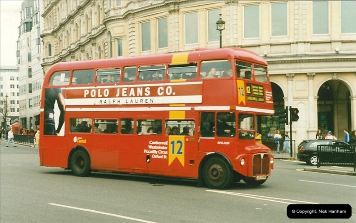 London Buses 1963 to 2007.  (190) 190