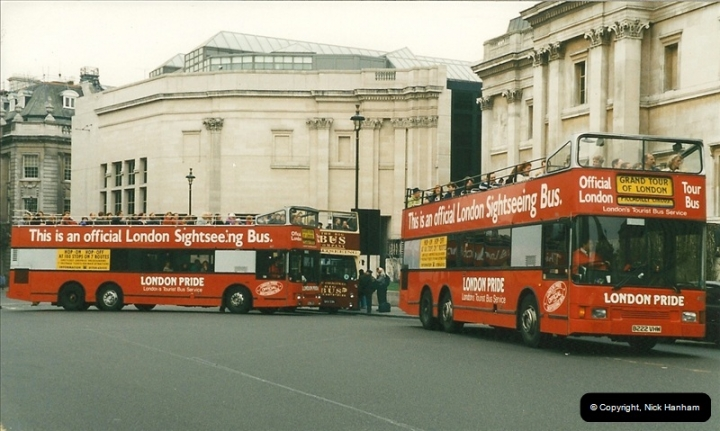 London Buses 1963 to 2007.  (210) 210