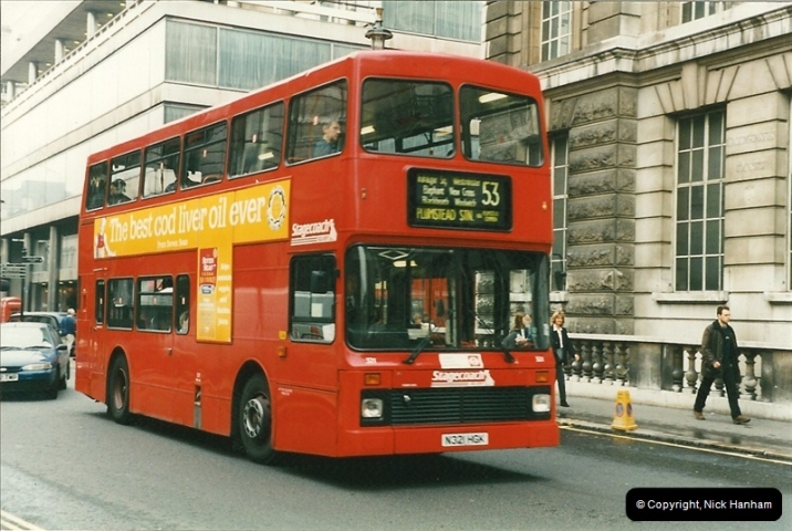 London Buses 1963 to 2007.  (216) 216