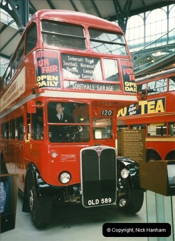 London Buses 1963 to 2007.  (228) 228