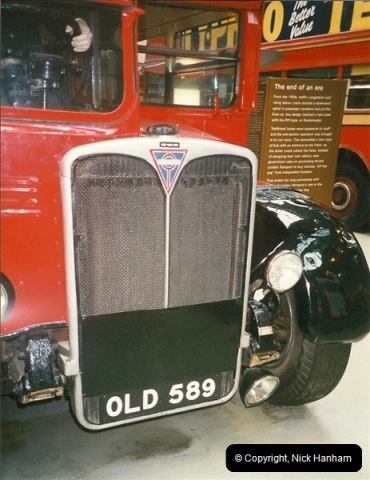 London Buses 1963 to 2007.  (230) 230