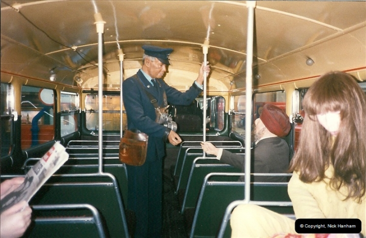 London Buses 1963 to 2007.  (231) 231