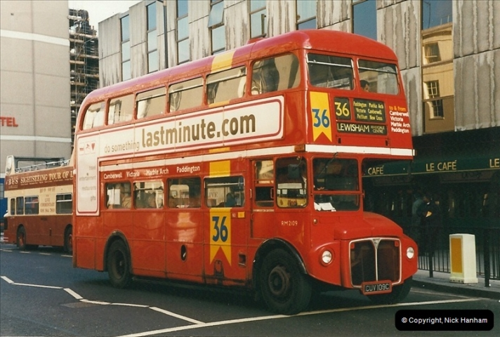 London Buses 1963 to 2007.  (271) 271