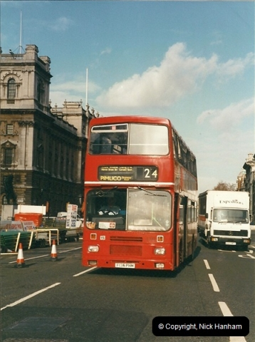 London Buses 1963 to 2007.  (304) 304