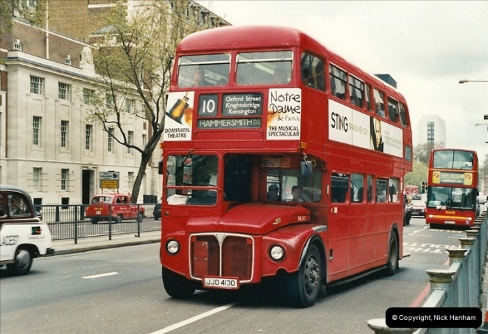 London Buses 1963 to 2007.  (331) 331