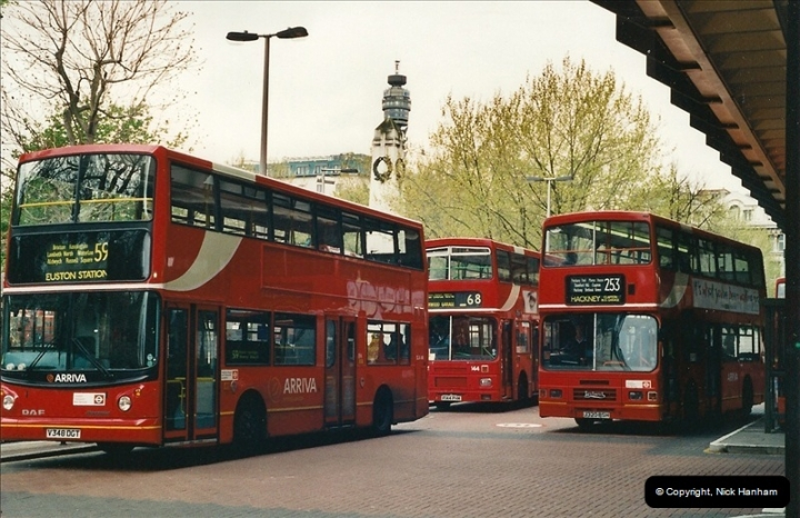 London Buses 1963 to 2007.  (332) 332