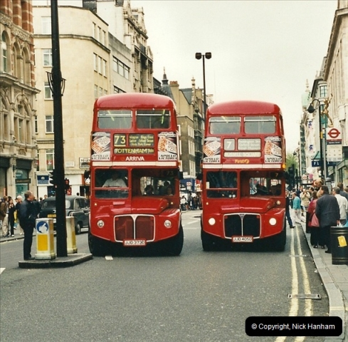 London Buses 1963 to 2007.  (339) 339