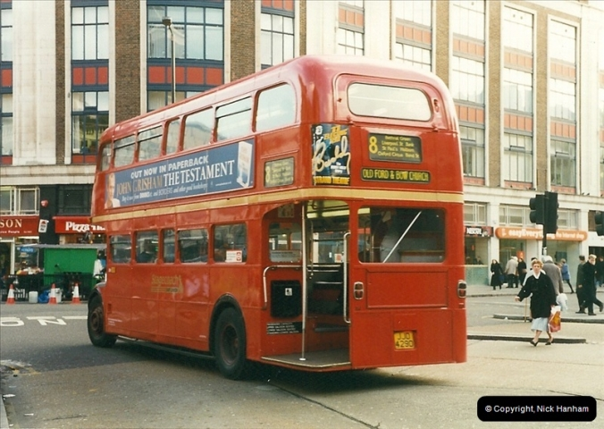London Buses 1963 to 2007.  (354) 354