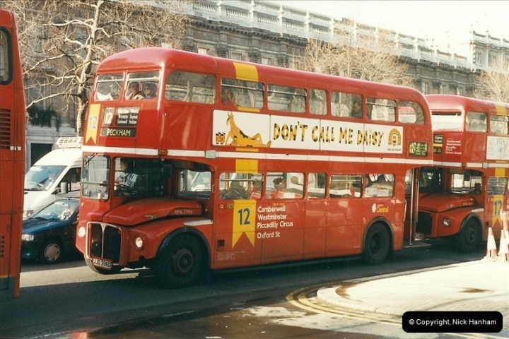 London Buses 1963 to 2007.  (384) 384