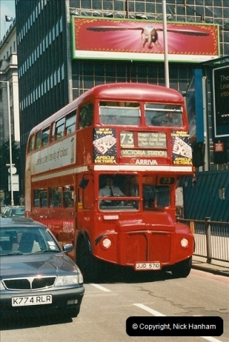 London Buses 1963 to 2007.  (408) 408