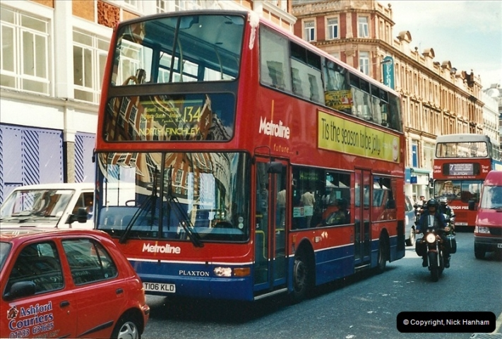 London Buses 1963 to 2007.  (410) 410