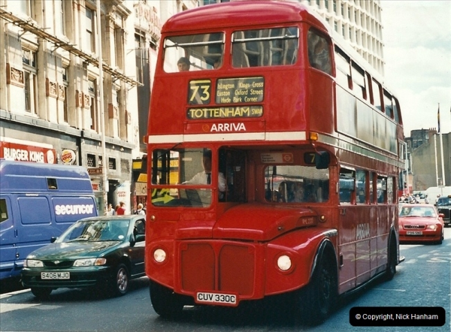 London Buses 1963 to 2007.  (412) 412